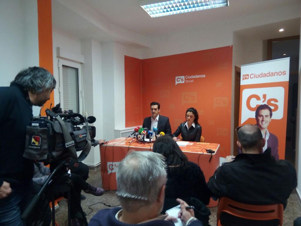 Ramón Fuertes y Loreto Camañes en la rueda de prensa de esta mañana