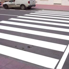 Ciudadanos pide pasos de cebra más seguros para los motoristas, ciclista y peatones