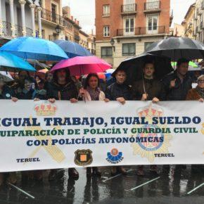 Ciudadanos Teruel acompaña a Jusapol en la manifestación por la equiparación salarial de Policía Nacional y Guardia Civil