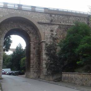 Ciudadanos celebra la aprobación de su propuesta para reparar las aceras bajo Los Arcos