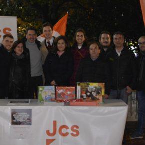 Jóvenes Cs Aragón organiza su tradicional recogida de juguetes y alimentos a favor de Cruz Roja Juventud y Banco de Alimentos