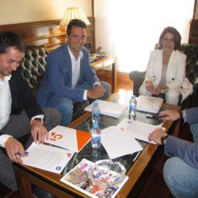 """Ramón Fuertes: """"Estamos avanzando en las negociaciones con el PP, pero el acuerdo todavía no está cerrado"""""""