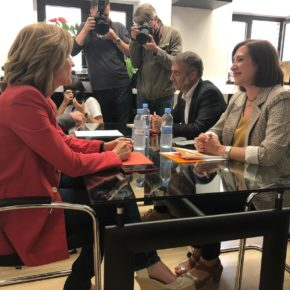 """Fernández """"Nuestro socio preferente sigue siendo el PP, aunque estamos abiertos a un posible acuerdo con el PSOE"""""""