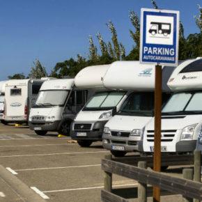 Cs Ejea pide ubicar un área de estacionamiento de autocaravanas en el campo de fútbol de Valareña