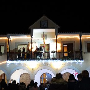 Entretenimiento y deporte se unen al encendido de las  luces de Navidad en Utrillas