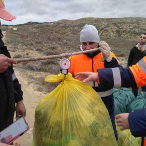 El Taller de Empleo colabora con el Proyecto Libera en la limpieza del Monte de Armantes en Calatayud