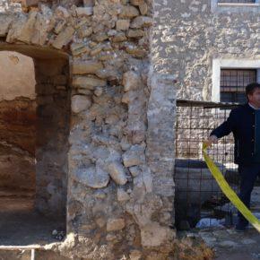 Fuendetodos incorporará la 'Iglesia hundida' al sendero educativo de la localidad