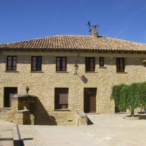 El Ayuntamiento de El Frago rehabilita el tejado de la casa consistorial