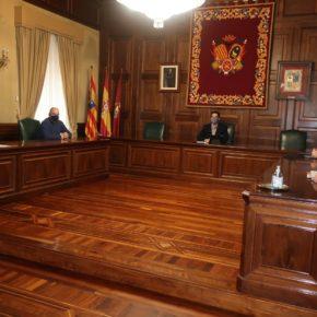 El Ayuntamiento de Teruel y los agentes sociales crearán un plan conjunto para atraer empresas a la ciudad