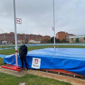 El Ayuntamiento de Teruel continúa mejorando el equipamiento de las pistas de atletismo José Navarro Bau